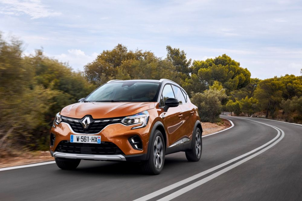 21233606-2019-new-renault-captur-tests-drive-in-greece-575721